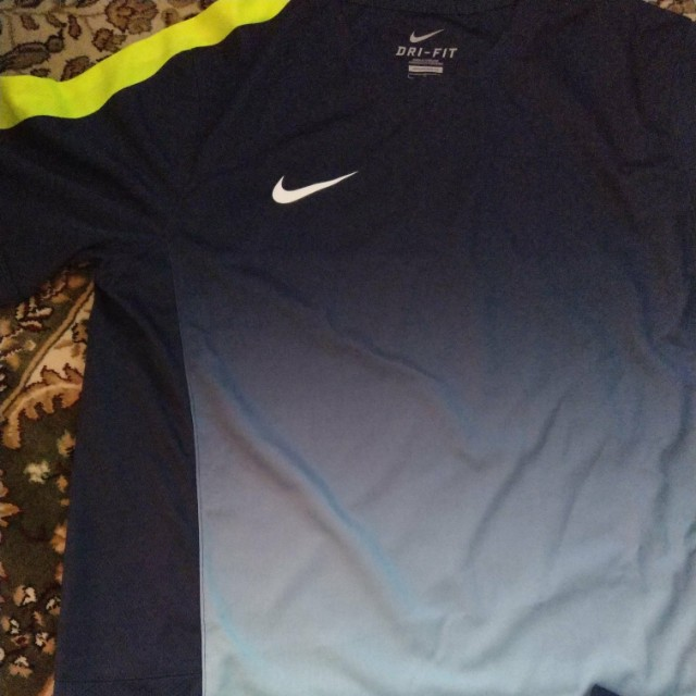 Authentic Nike for Jogging size L