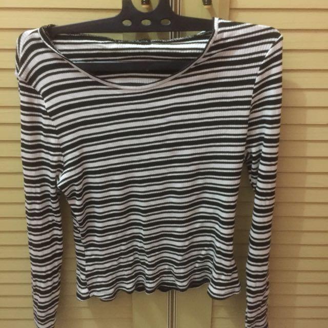 baju stripe b&w cotton on
