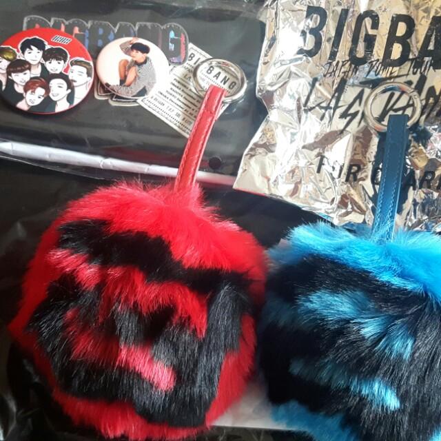BIGBANG Last Dance MD Fur Charm - Blue