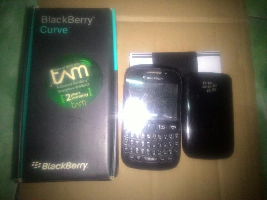 ... casing kesing blackberry 9220 bb davis kuning kombinasi tulang hitam casing metalik Source photo