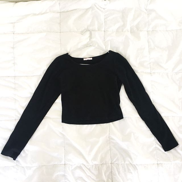Cute Crop Long Sleeve Top