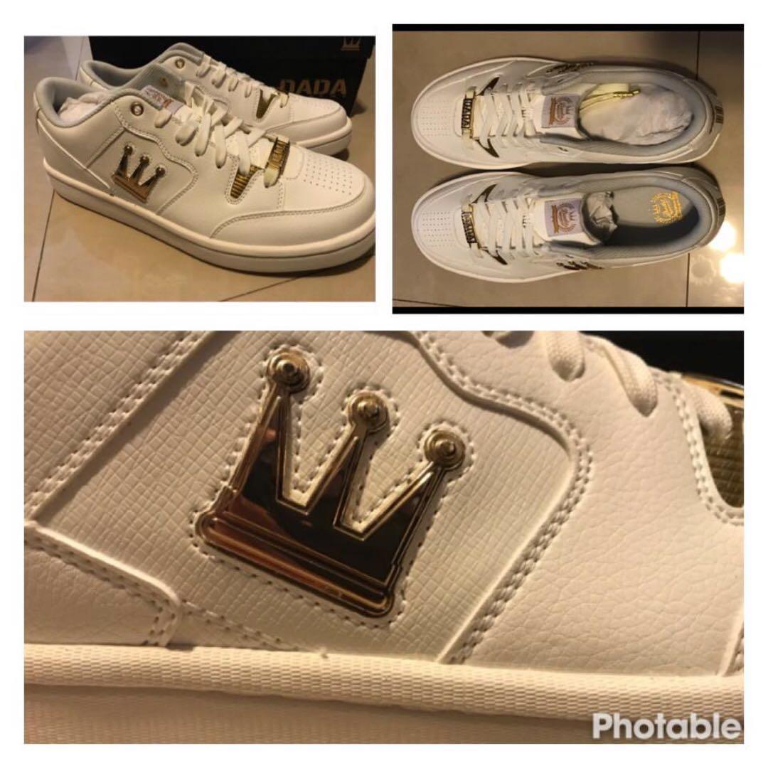 DADA真皮燙金LOGO運動鞋 (黃金尺寸US10.5,全新美品讓大家JORDAN了