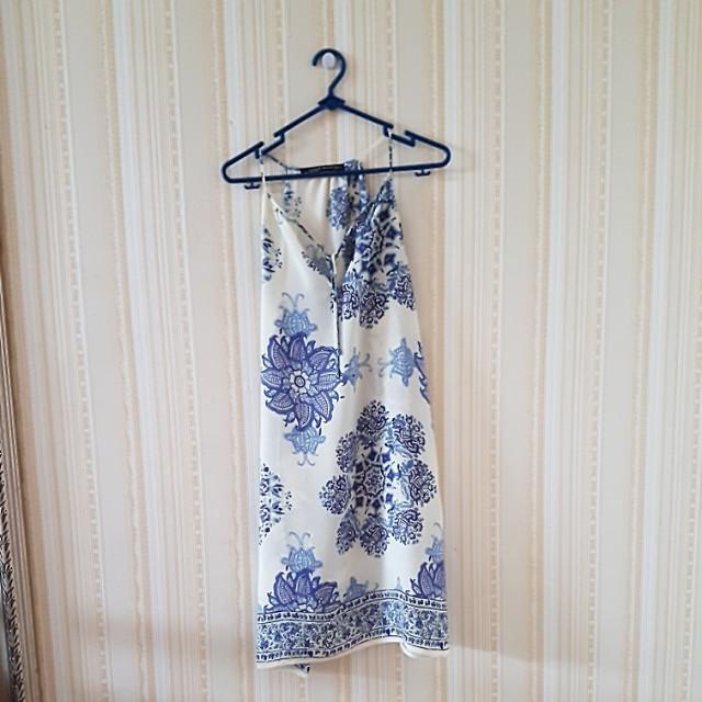 Dress procelin. Size M..LD 50cm. Panjang 80cm