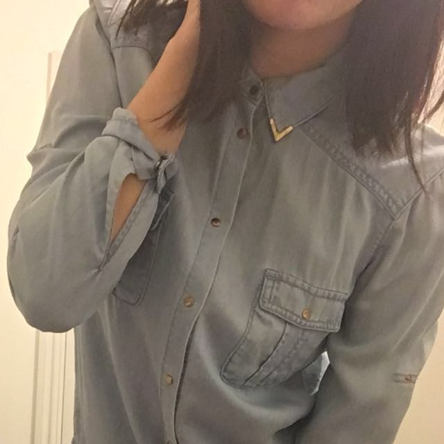 Forever New - Light Denim Top With Gold Collar Detail Size 4
