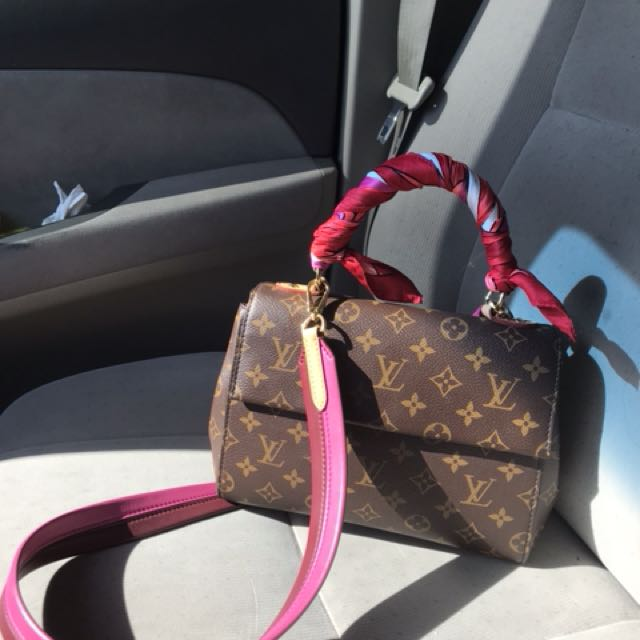 438e4de9ffa1 Louis Vuitton cluny bag monogram