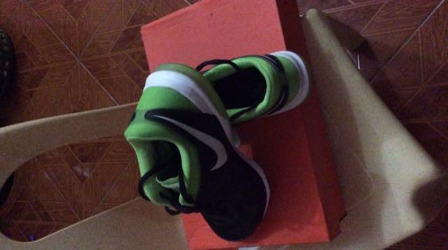 Nike WMNS AIR SCULPT TR 2