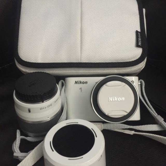 NIKON J1 , 2 lenses