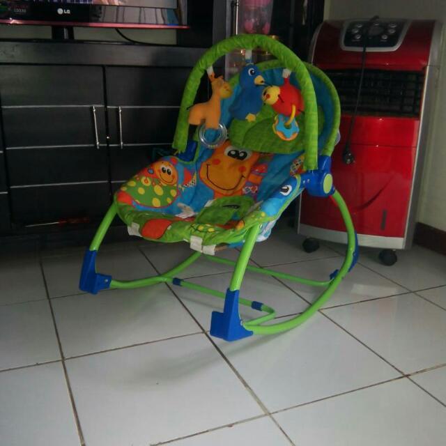 Preloved Bouncher/Kursi Goyang Baby Pliko