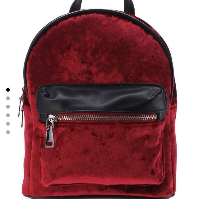 3c187c92388f Red velvet mini backpack on Carousell