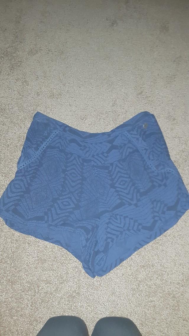 Ripcurl shorts. Size 6