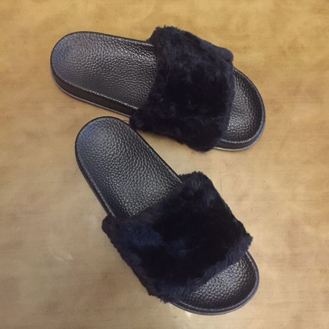 Slip On Flur Black