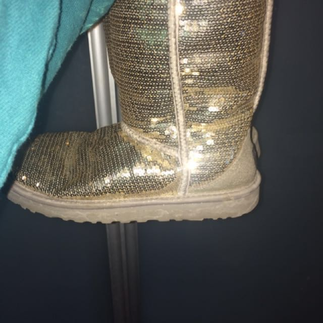 Sparkly uggs