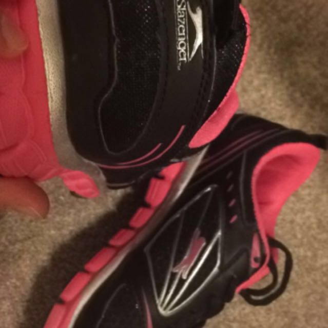 Sport shoes size 7.5-8.0