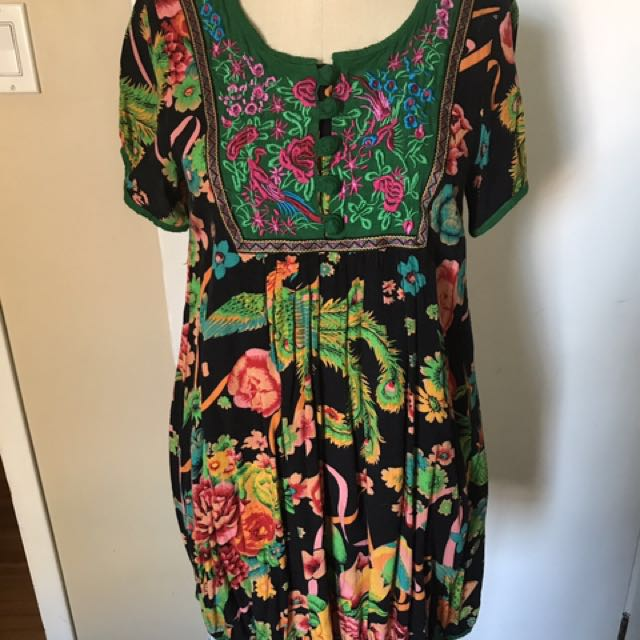 Vintage colorful floral print with embroidery dress