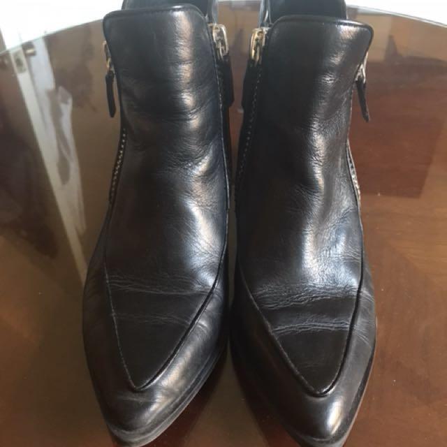Zara black leather boots size 36/6