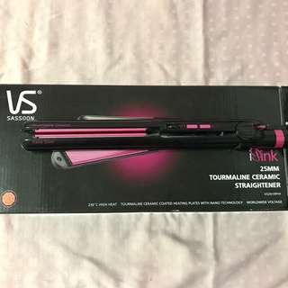 Vidal Sassoon Ceramic Straightener