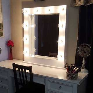NEW IN BOX - VANITY DESK MIRROR IN CRYSTAL WHITE FINISH