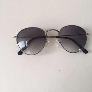 Round Sunglasses H&M