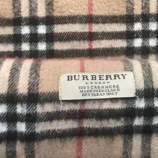 Cashmere Burberry scarf