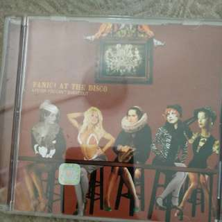 Cd, Panic! at the disco, A fever you cant sweat out