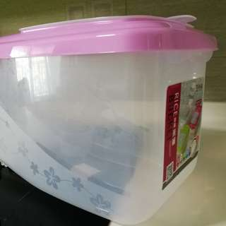 *CNY Special*ONLY $9.80 for 15KG Rice Bucket *Ori $15.90*