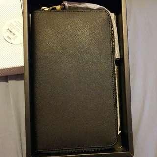 Kikki.k textured leather travel wallet