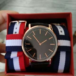 🚚 New minimalist stylish leather watch set (with 2 nato premium straps)