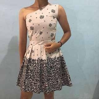 One Shoulder Flower Dress