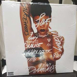 Rihanna Unapologetic vinyl record 2 LP