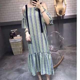瘦瘦露肩一字領魚尾裙擺洋裝