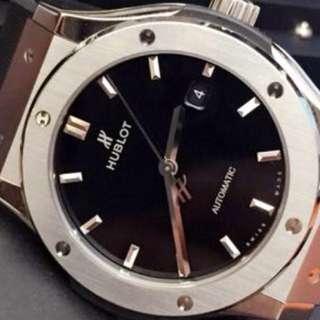 Hublot Classic Fusion Titanium 42mm Auto Mens Watch Full Set