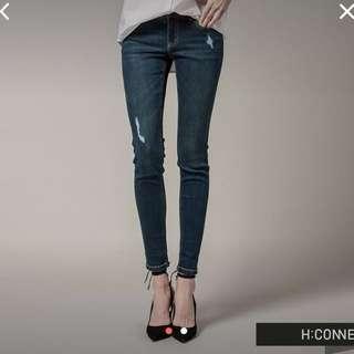 H Connect 韓國修身深藍顯瘦窄管褲