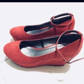 F21 wedge shoe
