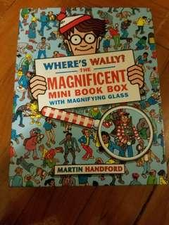 Where's Wally? Magnificent mini book box