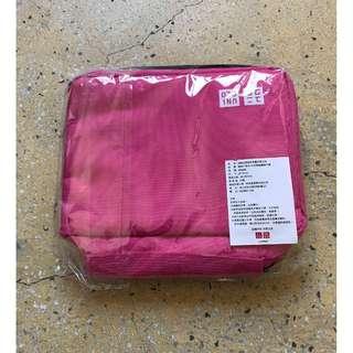 2017 Uniqlo 感謝祭限量盥洗包 三層旅行收納包 可吊掛 粉紅