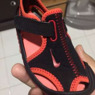 Nike sandle for toddler