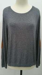 Zara women sweater in grey