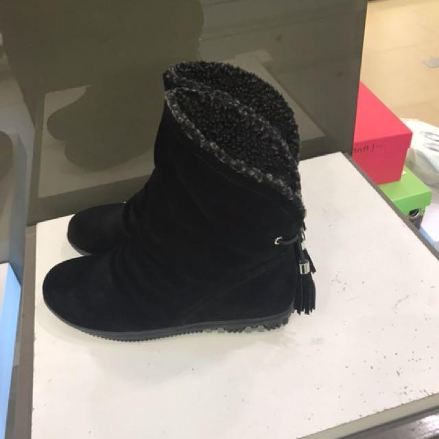 百搭靴子🌼💕短靴裡面有毛保暖👌2雙