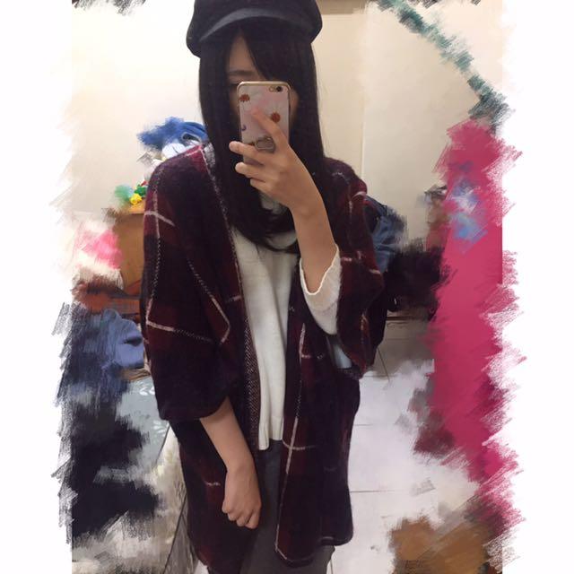 格紋披肩式秋冬外套