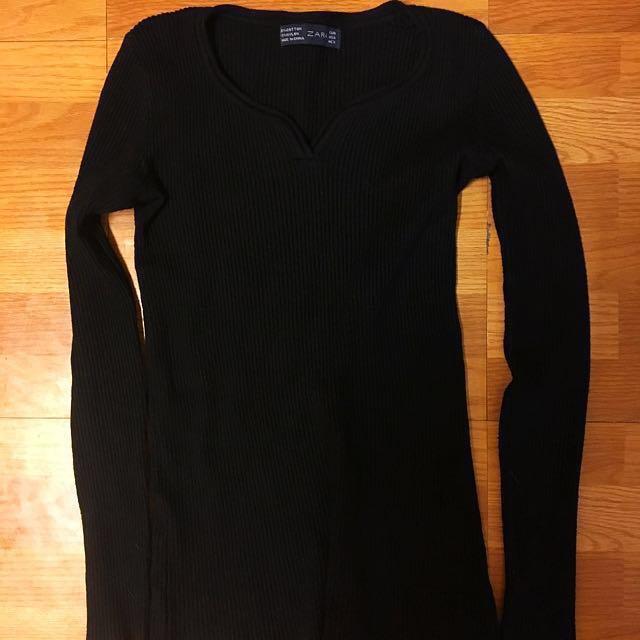 黑色針織上衣
