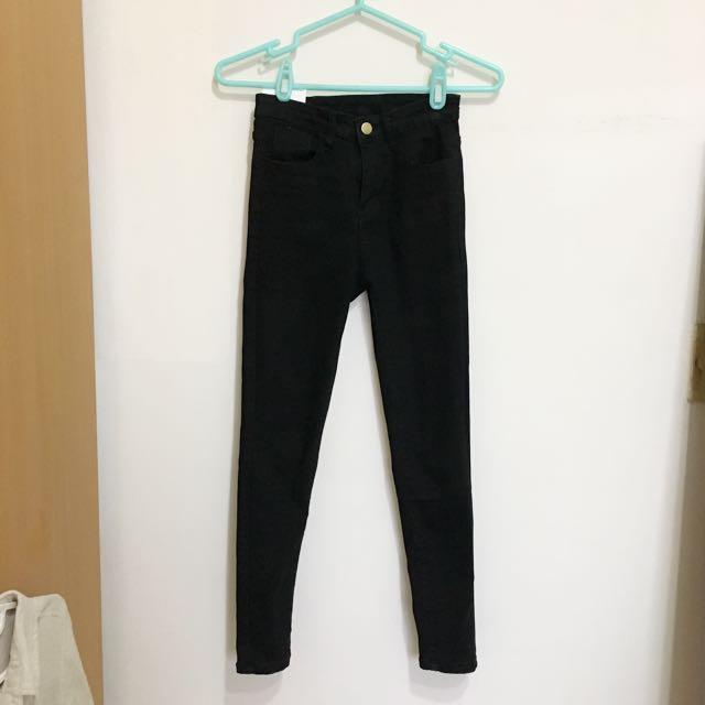 全新貼身黑褲