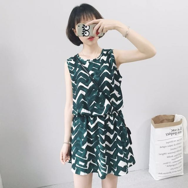 韓 綠色 紋路 油墨 洋裝