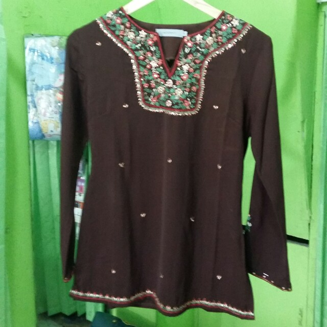 Accent Dark Brown Muslim Blouse