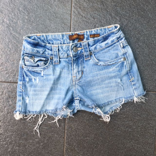 Aeropostale ripped short pants / hotpants