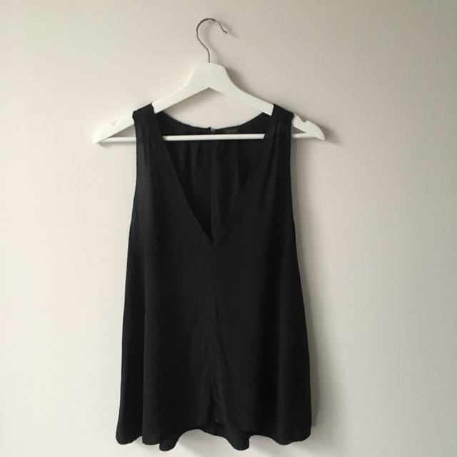 Aritzia Babaton silk tank blouse shirt xs