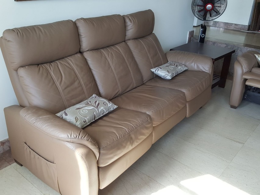 Comfy 3 seater reclining sofa