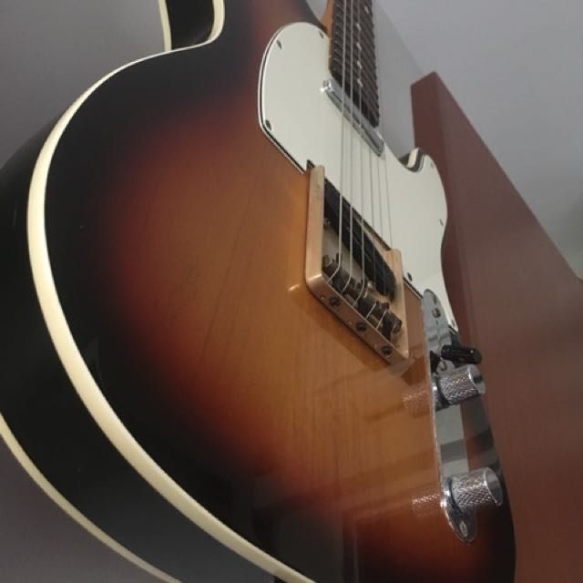 Fender Telecaster 62 reissue, Music & Media, Music