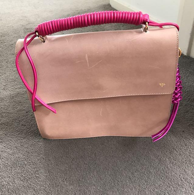 Fontaine Bag