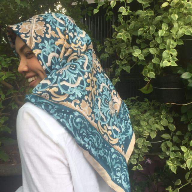 Hijab Jilbab Turki Segi Empat