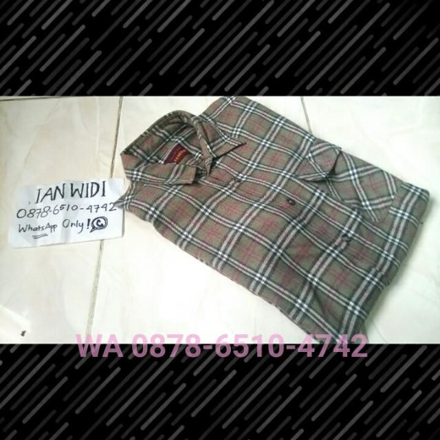 Kemeja Pria Lengan Panjang Kotak Flannel Shirt